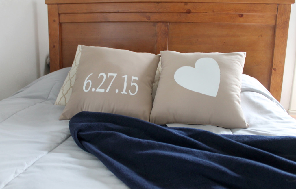 Personalized wedding date pillows