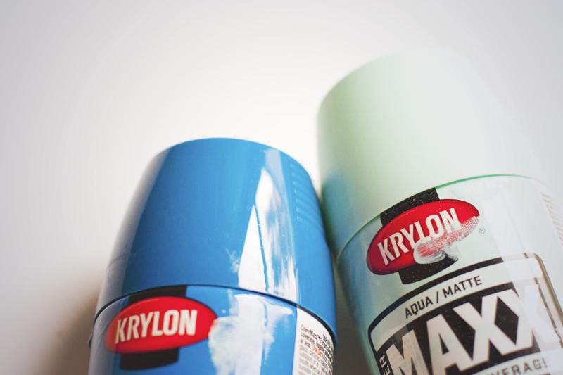 Craft Studio Blue Spray Paints