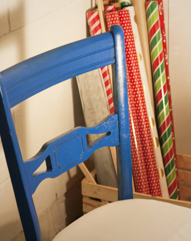 Store your wrapping paper rolls in a crate so they're easy to access and see what you have. Simple and pretty!