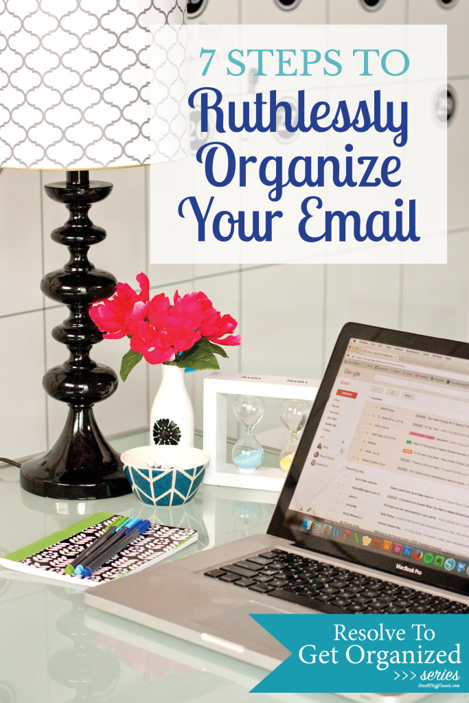 It's time to organize my email inbox once and for all. I need to follow these tips to clean up my email!