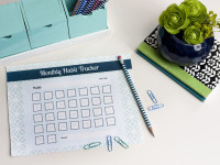 7 Tips For Forming A New Habit {with printable habit tracker}
