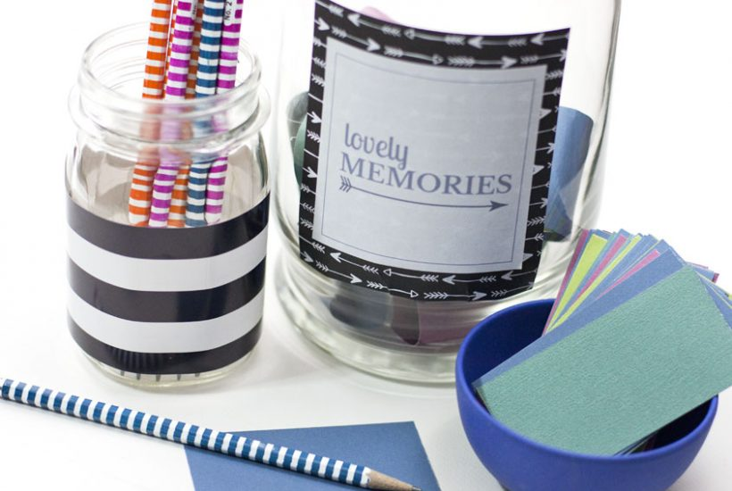 What a cute DIY memory jar gift idea! Could be a gift idea for anniversary, Valentine's Day, Christmas and more.