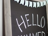 DIY A Large Pallet Chalkboard