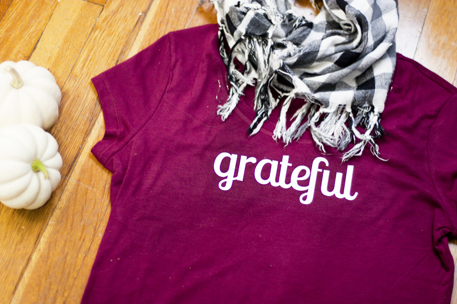 """Learn how to customize a shirt with a Silhouette machine. Download the free """"grateful"""" lettering to create your own, perfect for fall weather or Thanksgiving dinner."""