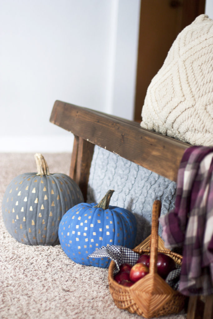 Aren't these painted pumpkins cute? It's amazing what you can do the decorate a standard orange pumpkin. Love the metallic pattern detail!