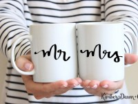 15 DIY Wedding Gifts Made With The Silhouette Cutting Machine