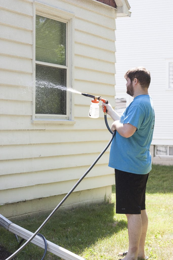 Washing A House Exterior Without Pressure Washer Siding