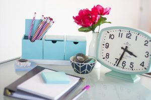 I sooo needed this post! What a practical approach to creating a daily routine. I love that she emphasizes making time for relaxing and socializing! Also genius goal setting tips. Seriously, you need to pin this post. This girl is a master at time management, and she just spilled her entire step by step process for creating a schedule and managing her time. Love the printables!