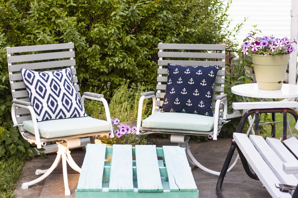 Need To Refinish Old Wooden Patio Chairs? See How This Blogger Transformed  A Pair Of