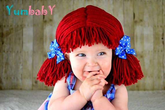 I love this cute baby costume! So many good homemade and cheap costumes for babies and toddlers in this post.