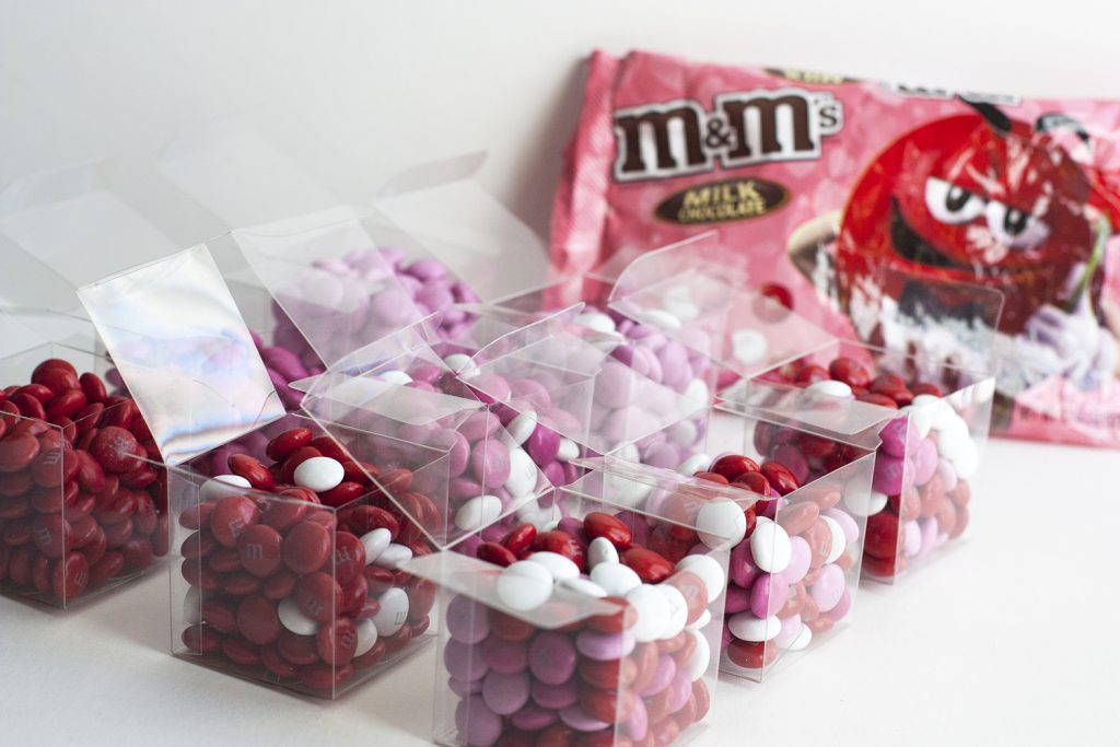 OMG these mini boxes of M&M'S® candies are the cutest DIY Valentine's Day gift idea! I'm obsessed with this little gift idea and LOVE that it's fast to make. Would be a great gift idea for my girlfriends! What a fun Valentine's Day craft.