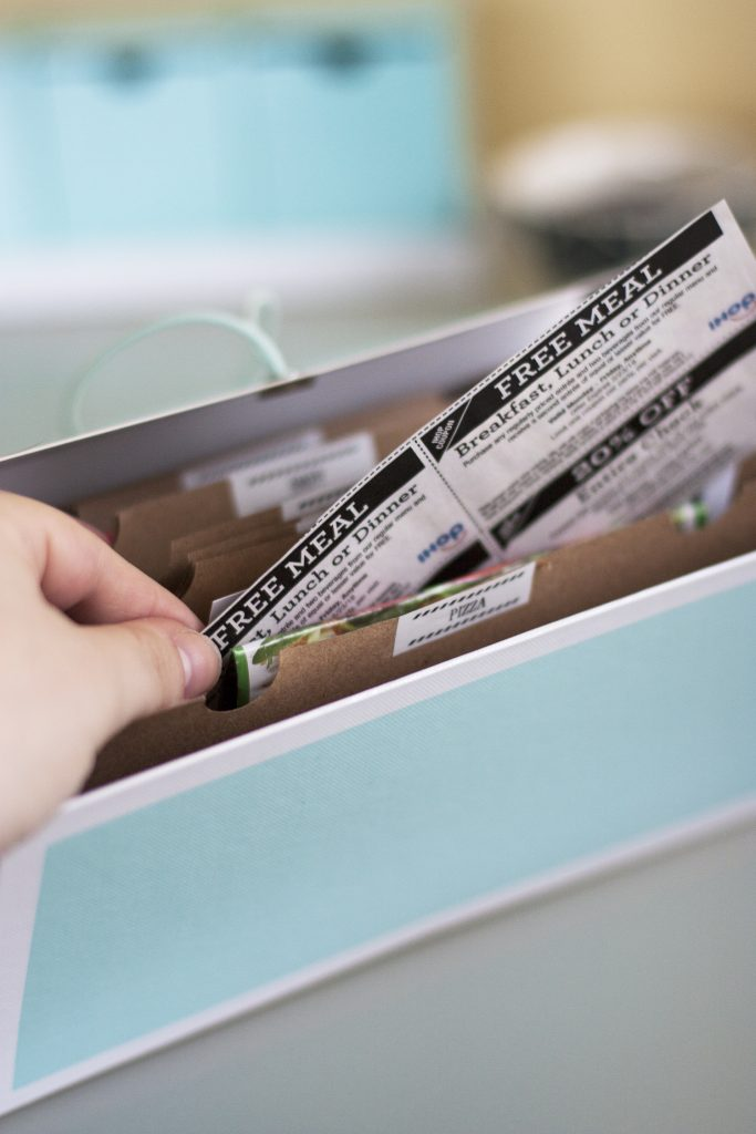 Wondering how to organize coupons? Here's a super easy way to tame the paper clutter and organize coupons. This whole project takes less than 15 minutes! And I love the idea of the file since it will be so handy when I'm out running errands. #organize #declutter #organizedlife #konmari #organizecoupons