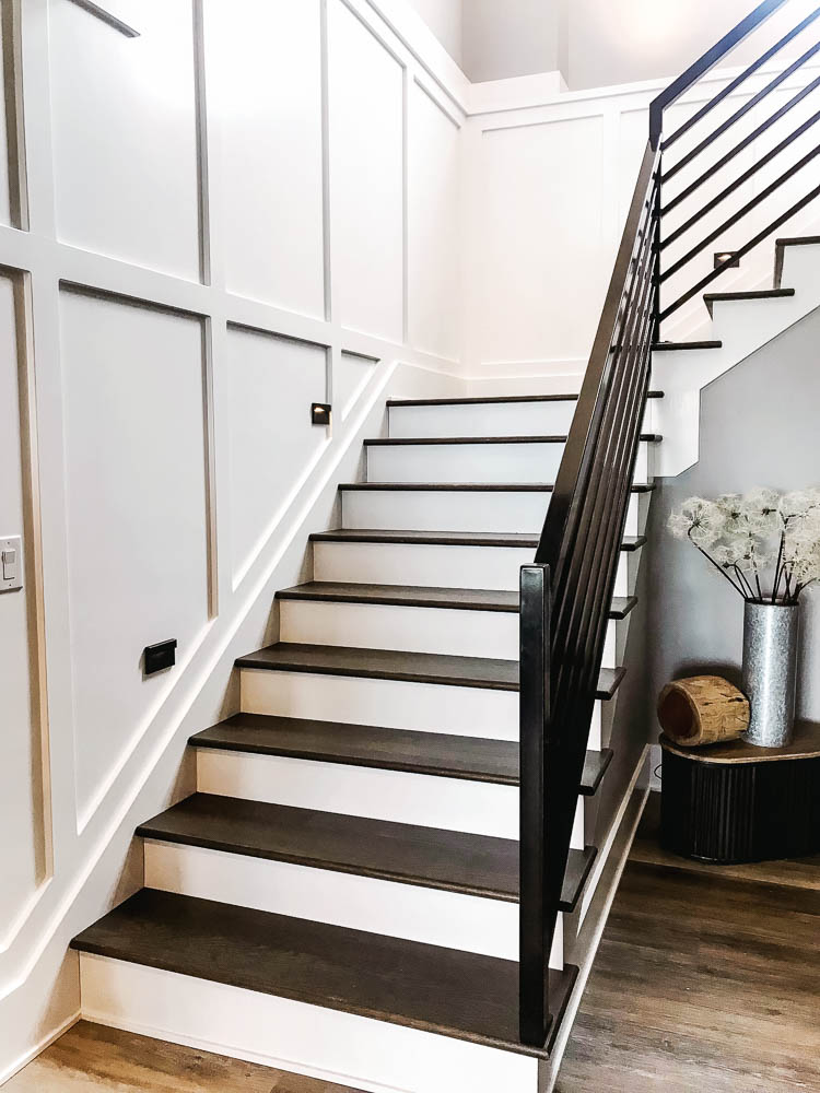 black-and-white-staircase