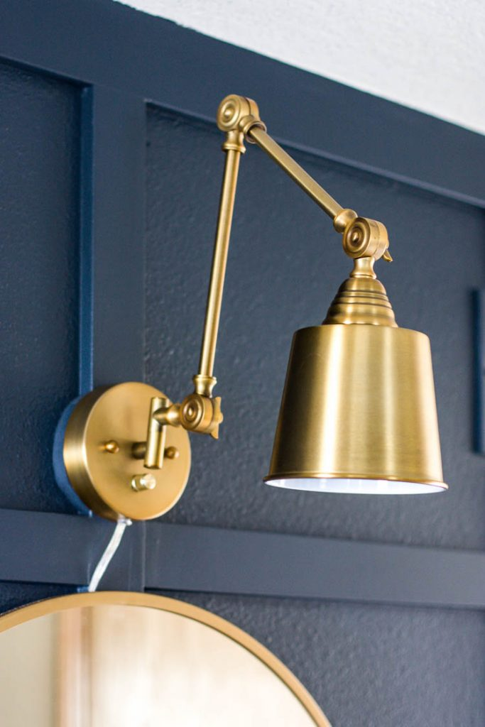 brass-sconce-in-entryway