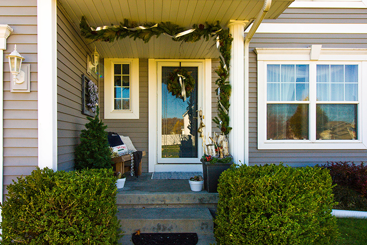 The 6 Elements of A Festive Front Porch - Small Stuff Counts