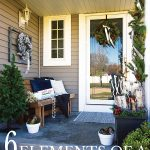 front-porch-with-christmas-decorations