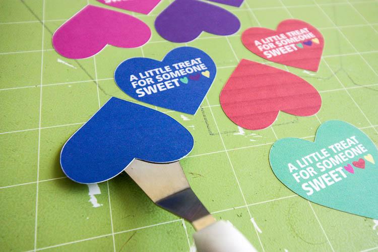 valentine-gift-tags-on-cricut-mat
