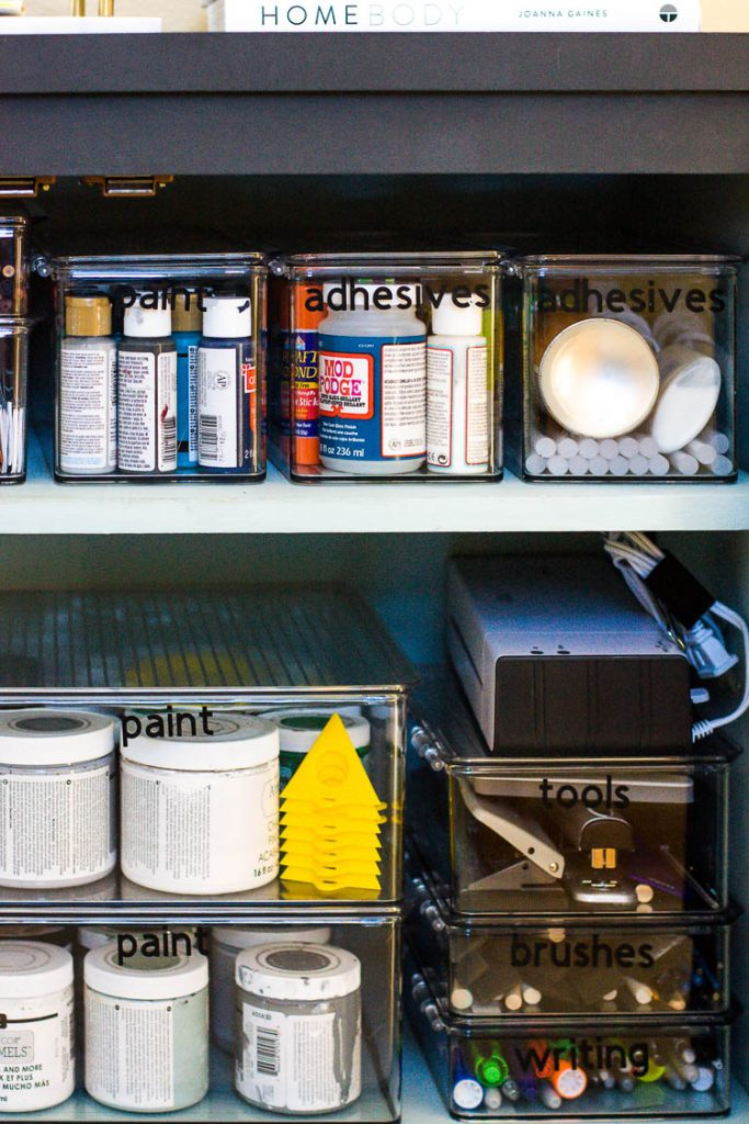 organized-craft-supplies-in-clear-containers