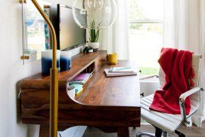 organized-desk-in-living-room