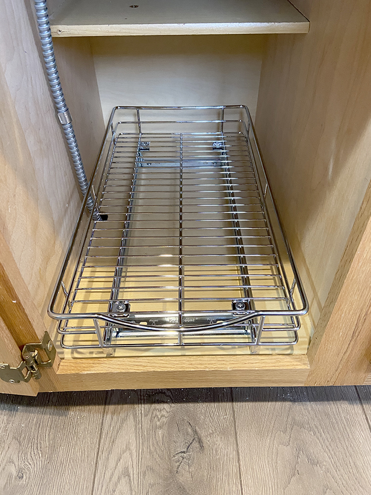 pull-out-drawer-in-lower-pantry-cabinet