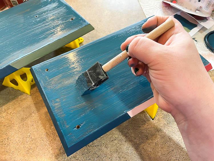 painting navy blue diy tray