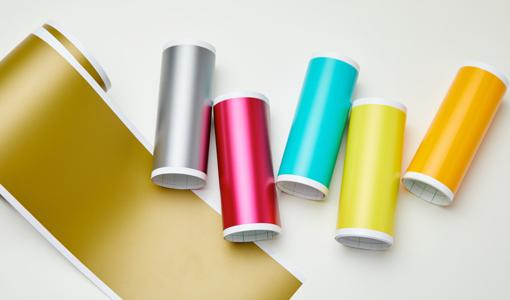 smart vinyl rolls on table